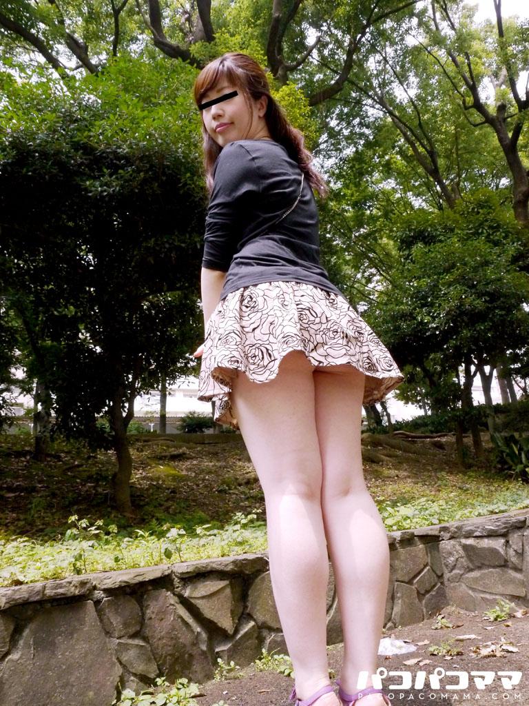 超ミニスカで誘うムチムチ熟女~市井亜矢花 2