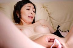 保坂友利子 人妻マンコ図鑑 108