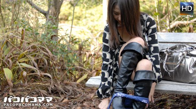 人妻パコパコママ熟女・初めての野外露出とアナル体験・菊川麻里・8170