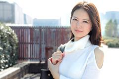 白咲奈々子 イメチェンして幸せになりたい熟女ととことんヤリまくる