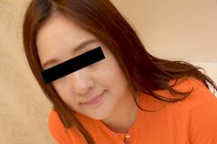 成田あきこ 巨乳熟女のつぶらな瞳〜何をされてもカメラ目線〜