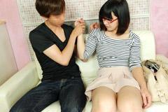 佐木萌 眼鏡の似合うレンタル若妻