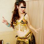 卑猥なベリーダンスで挑発するゴージャス熟女