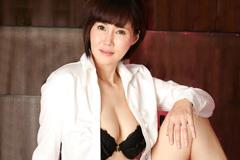 赤坂ルナ 上品な美熟女の完熟アワビ