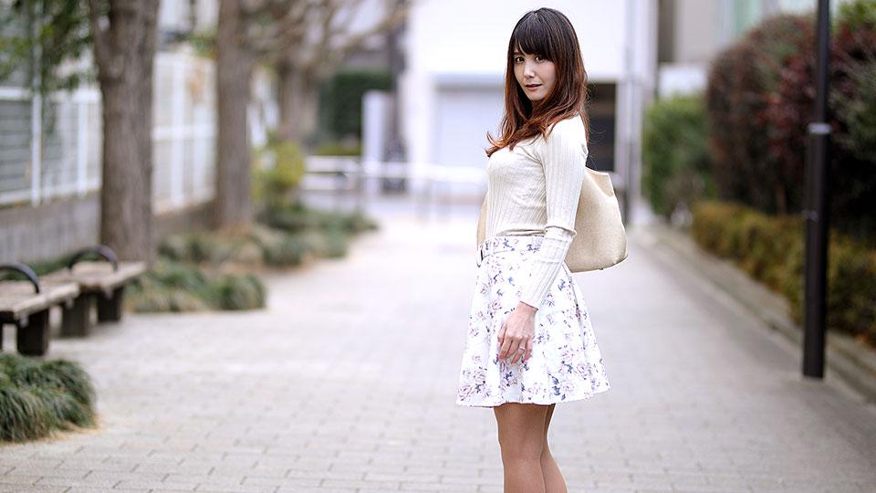 Pacopacomama 081818_321 Yuuna Sasaki 奥さん、今はいてる下着を買い取らせて下さい!〜紫陽花色したシミ付きパンティ〜