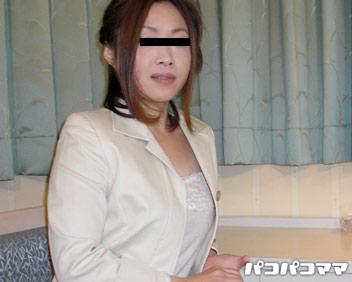 人妻パコパコママ熟女・本当にいた!体で営業する美人保険外交員 (前編)・川島理子・10347