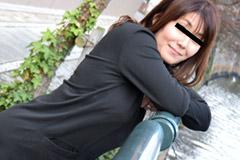 菊池よしの 剛毛なスキモノ奥さんと主観デート